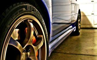 Бесплатные фото авто, синяя, колесо, диски, суппор, красный