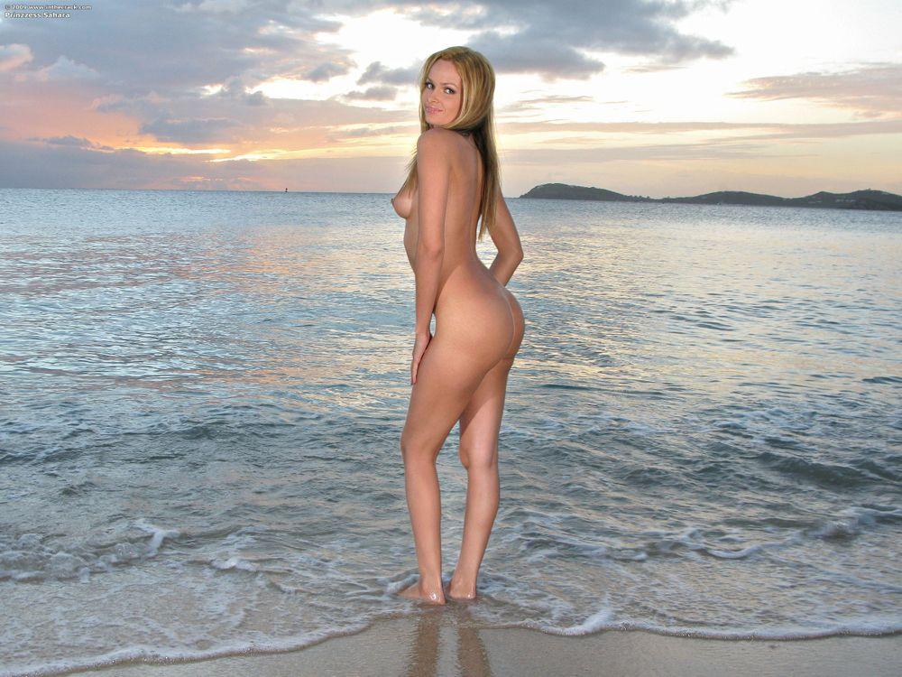 Фото бесплатно Prinzzess, модель, красотка, голая, голая девушка, обнаженная девушка, позы, поза, сексуальная девушка, эротика, эротика