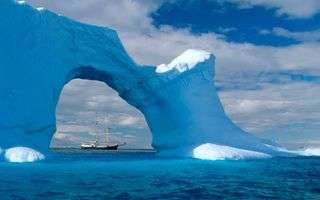Бесплатные фото океан,ледовитый,айсберг,арка,корабль,парусник,мачты