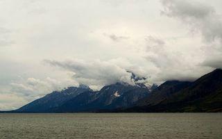 Бесплатные фото море,побережье,горы,вершины,снег,облака,небо
