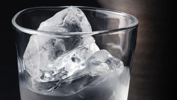Бесплатные фото стакан,стеклянный,жидкость,лед,напиток