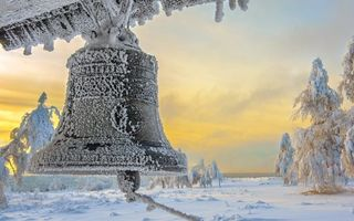 Бесплатные фото зима,мороз,колокол,иней,снег,сугробы,деревья