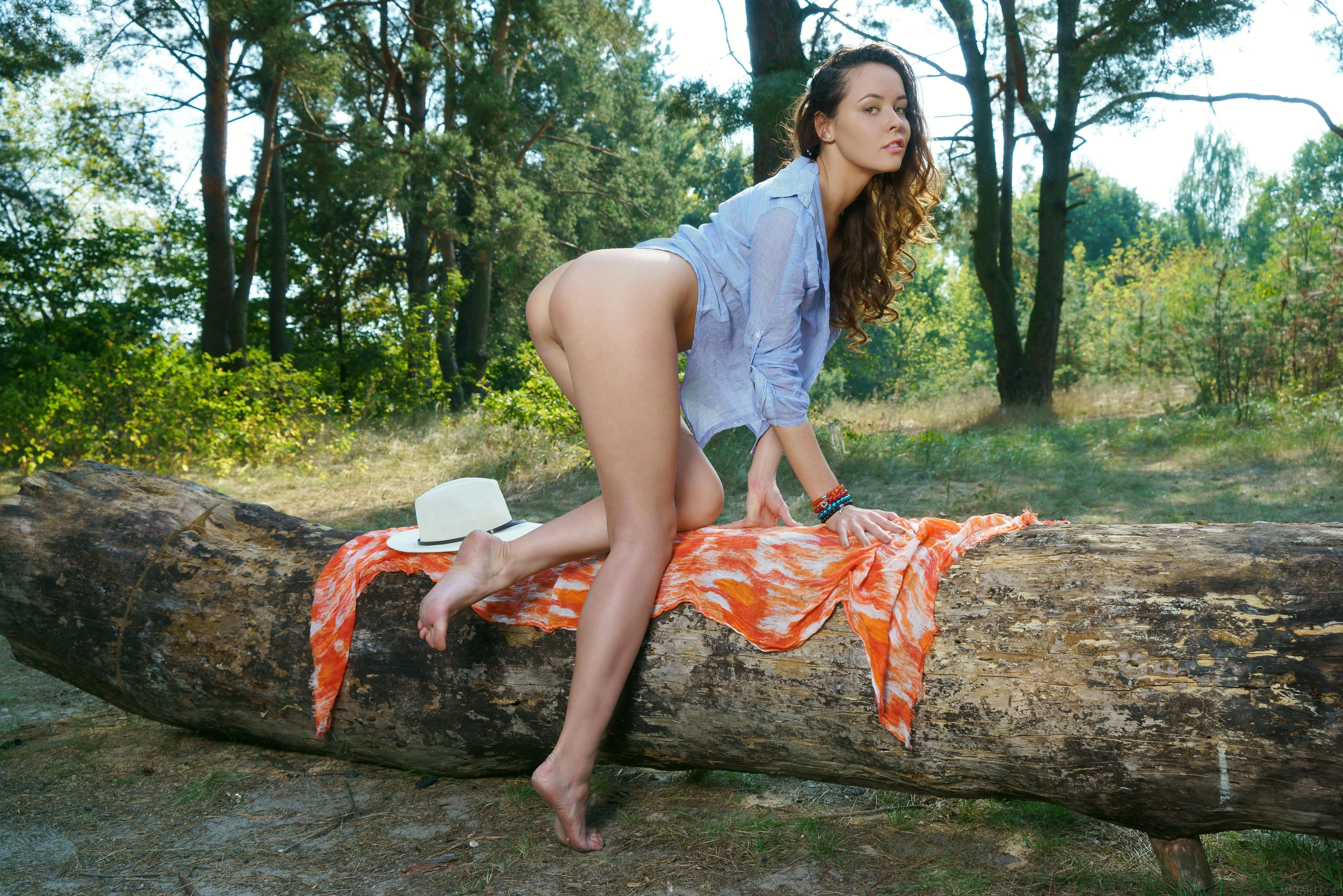 обои Mira Lynn, модель, красотка, голая картинки фото