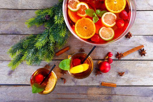 праздник, новый год, веточка ели, напиток, чай