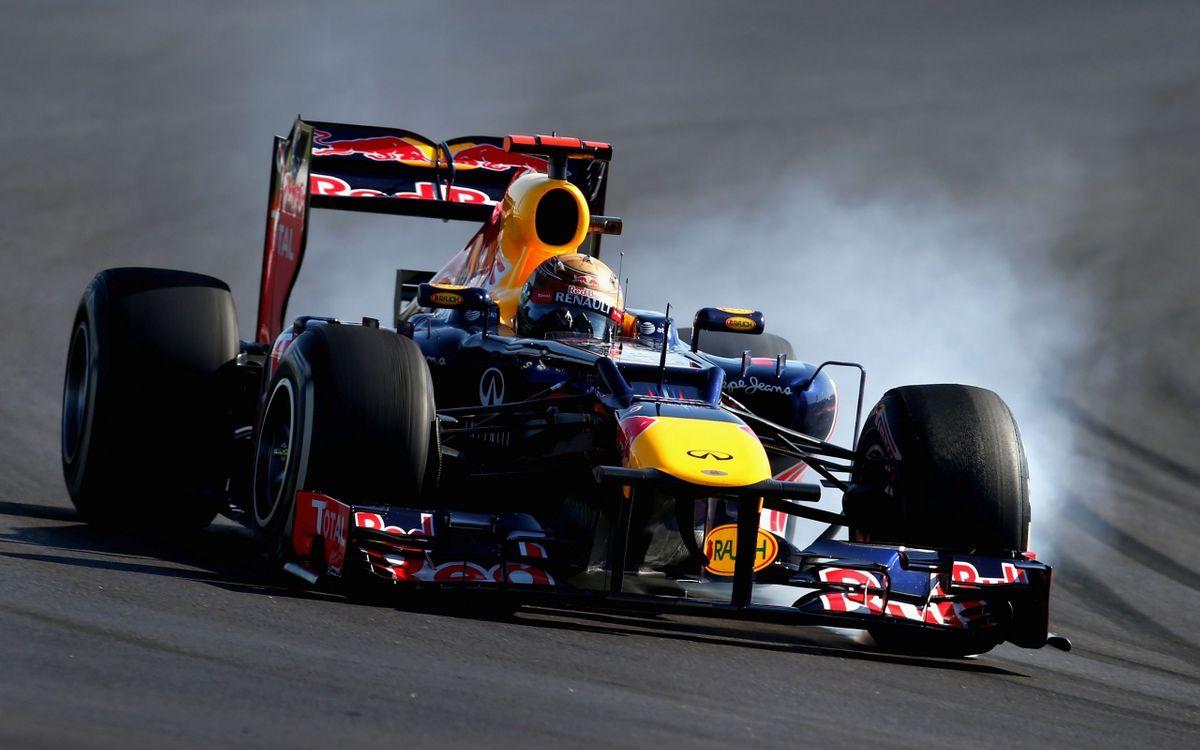 Фото бесплатно формула 1, скорость, трасса, гонщик, машины