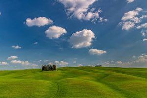 Бесплатные фото Spring,Tuscany,Italy,поле,холмы,небо,деревья