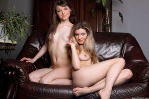 Бесплатные фото Kamilla,Lika,красотка,голая,голая девушка,обнаженная девушка,позы