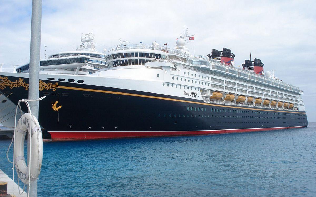 Фото бесплатно море, порт, пристань, круизный лайнер, корабль, палубы, корабли