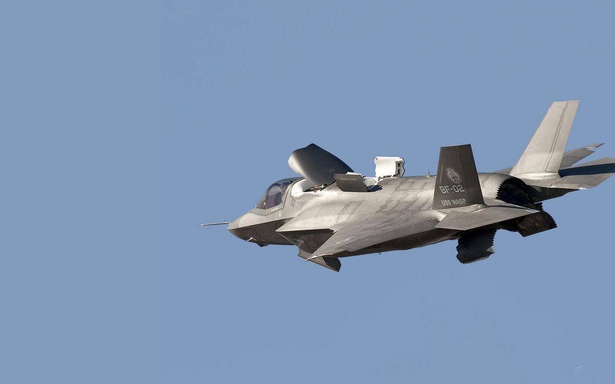 Фото бесплатно самолет, истребитель, кабина, тормоз, крылья, хвост, сопло, полет, авиация