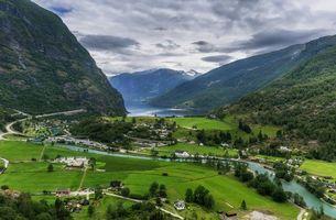 Бесплатные фото Норвегия,Aurland,горы,поля,река,дома,пейзаж