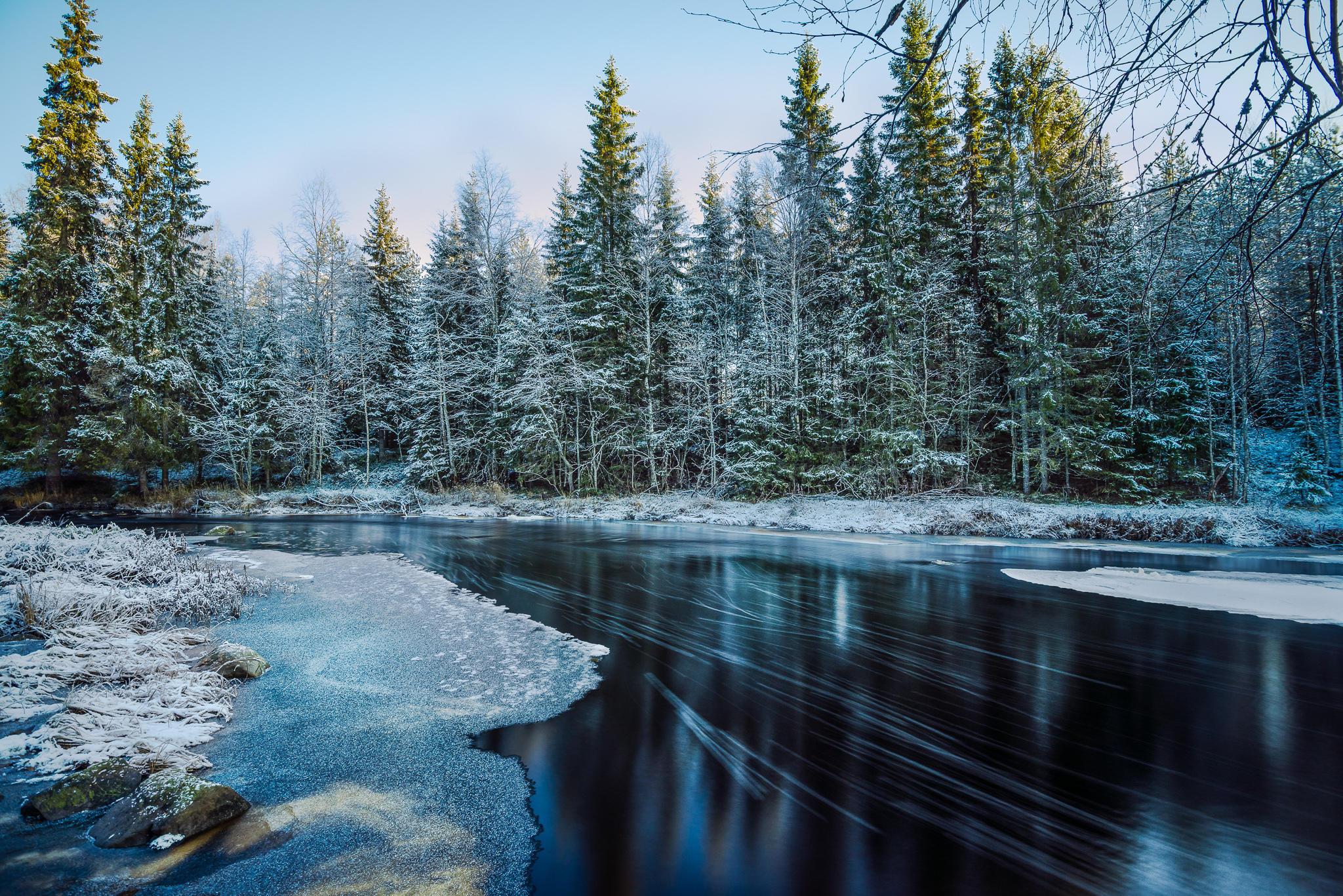 обои зима, река, снег, деревья картинки фото