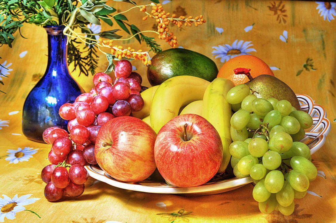 Фото бесплатно натюрморт, яблоки, виноград, бананы, фрукты, еда, еда