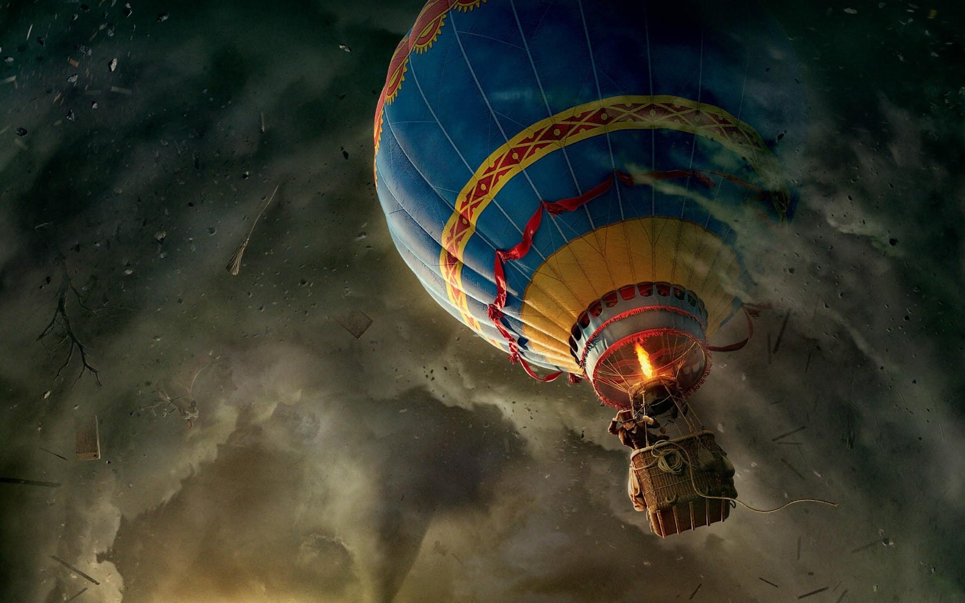 Обои воздушный шар, смерч, приключения, человек