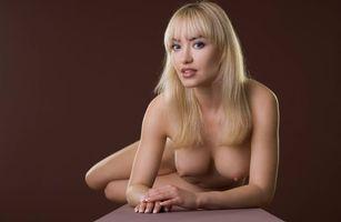Заставки Natalia Shilova, Lia A, Lia May, модель, эротика, красотка, девушка, голая, голая девушка, обнаженная девушка, позы, поза