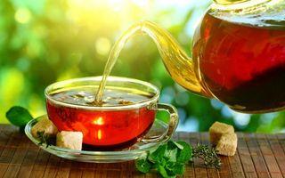 Заставки чашка,блюдце,чай,чайник,сахар,рафинад,листья