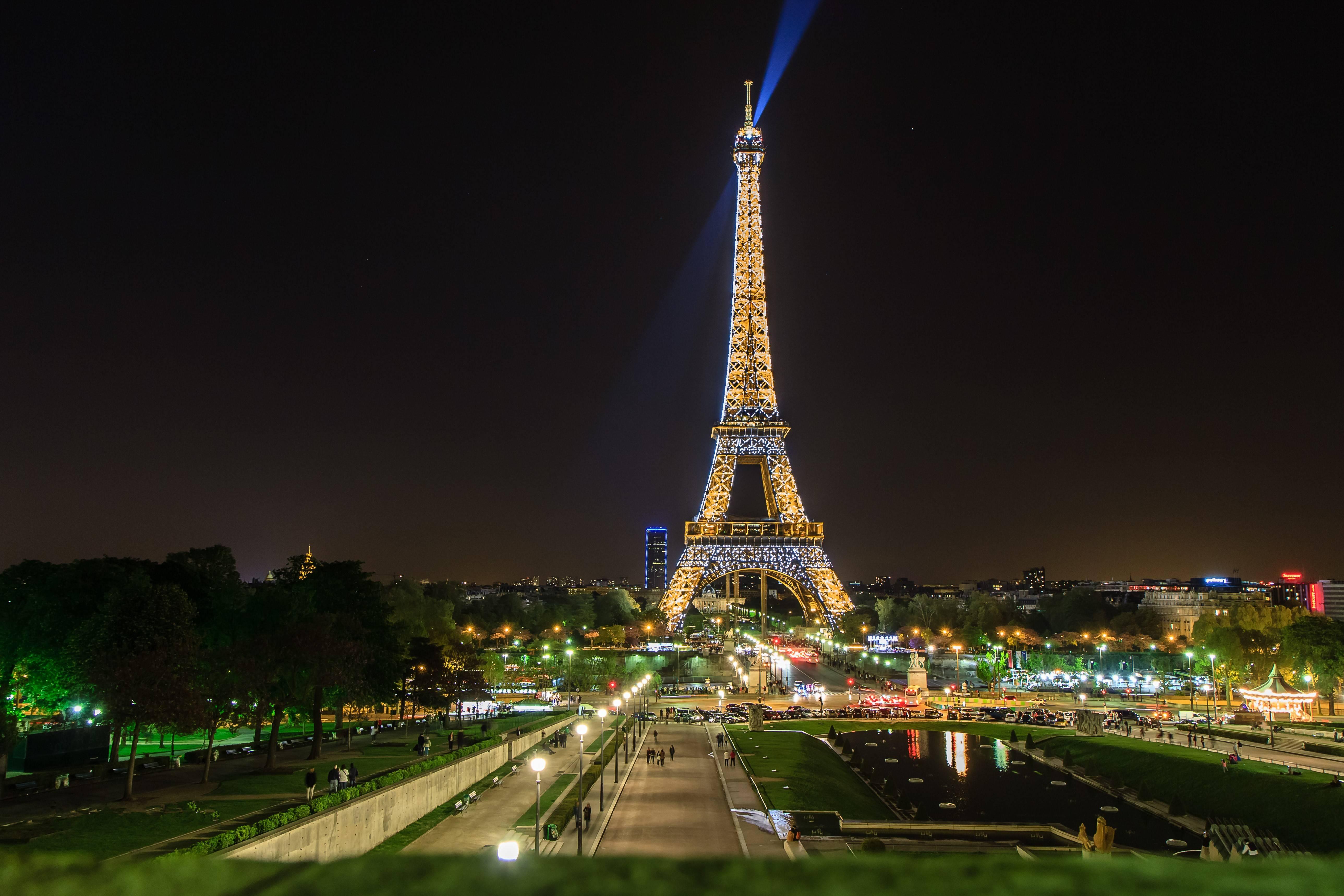 _Eiffel Tower at Night, Paris, France бесплатно