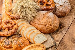 Бесплатные фото кренделя,колосья,хлеб