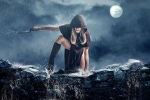 Фото бесплатно девушка, нож, дождь, арт, плащ