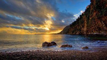 Бесплатные фото каменистый берег моря,пляж,скала,закат,вечер