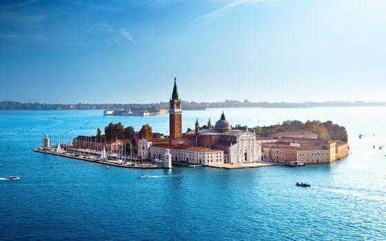 Photo free Italy, Church on an island, boats