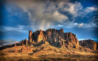Фото бесплатно Скальный хребет, облака, пустыня, небо, скалы