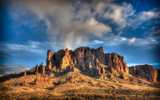 Фото бесплатно Скальный хребет, облака, пустыня