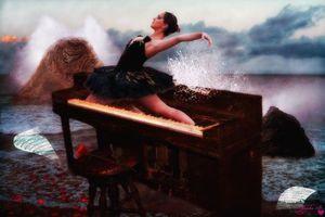 Бесплатные фото море,берег,рояль,балерина,art