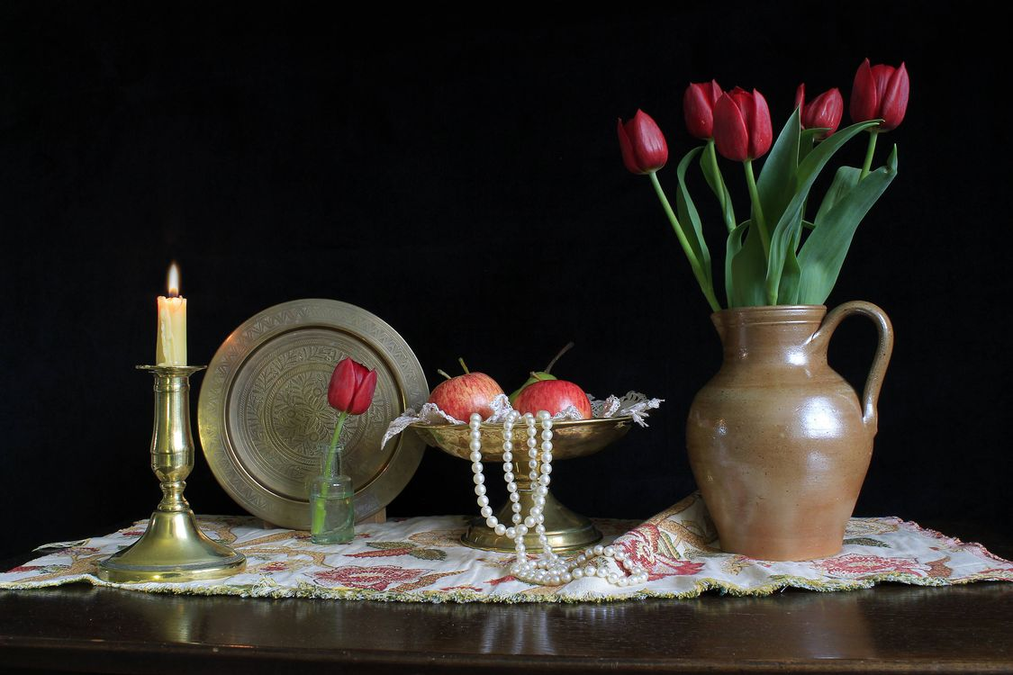 Photos for free candle, table, vase - to the desktop