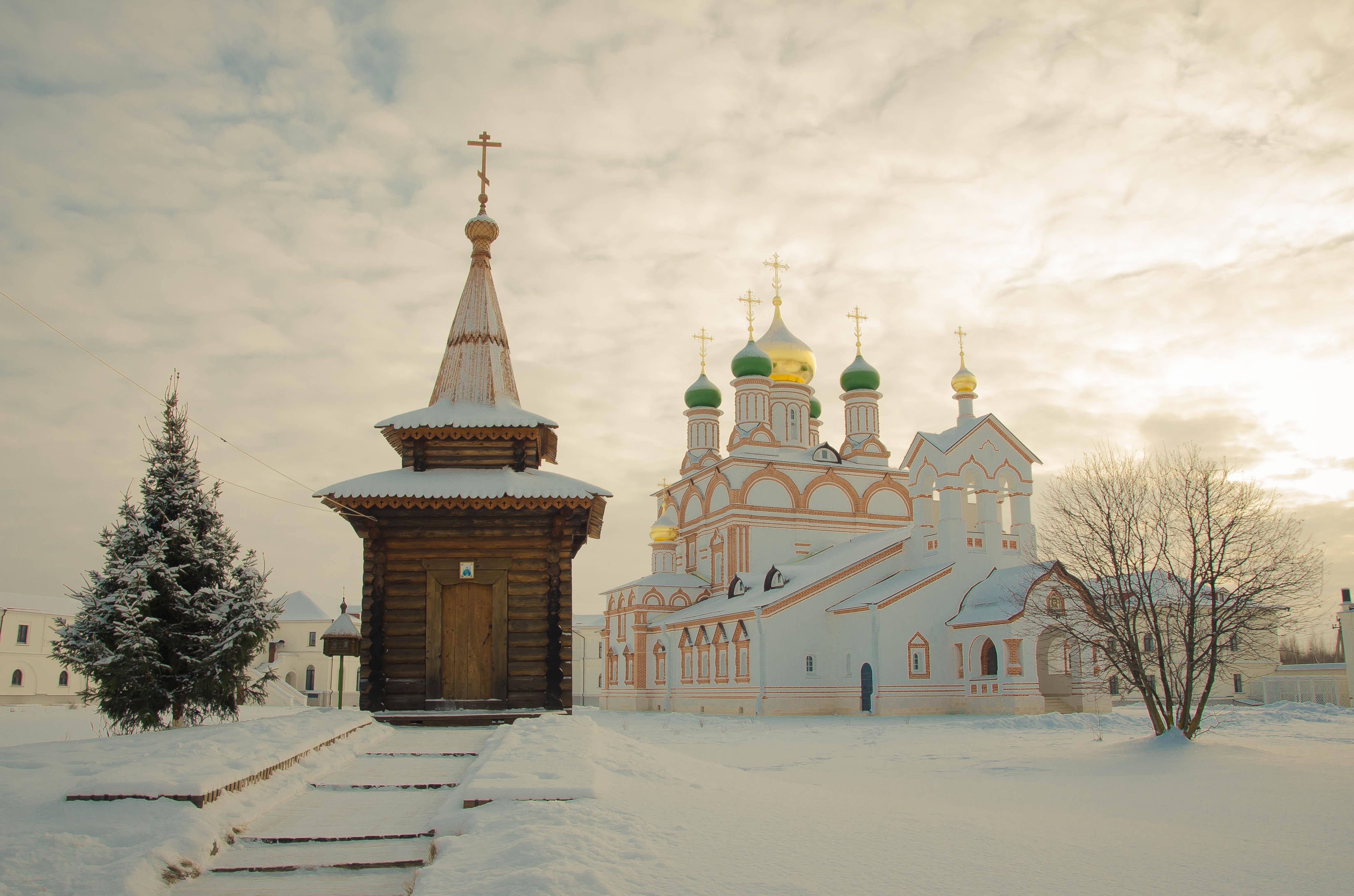 обои Троице Сергиев Варницкий монастырь, Россия, зима картинки фото