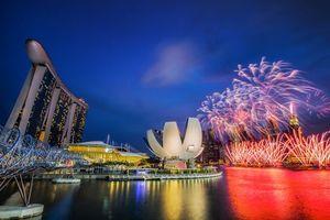 Обои Залив Марина Бэй, Сингапур, фестиваль, салют, город, ночь, иллюминация