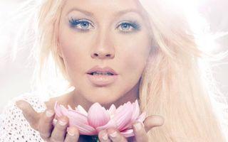 Фото бесплатно блондинка, волосы длинные, глаза