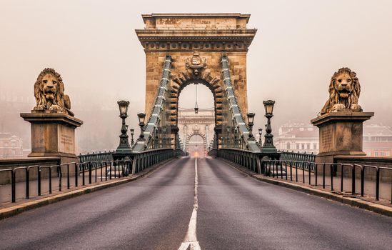 Free chain bridge, hungary - new photos