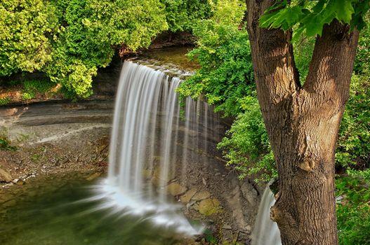 Бесплатные фото bridal veil falls,kagawong,manitoulin island,ontario,водопад,речка,лес,деревья,природа