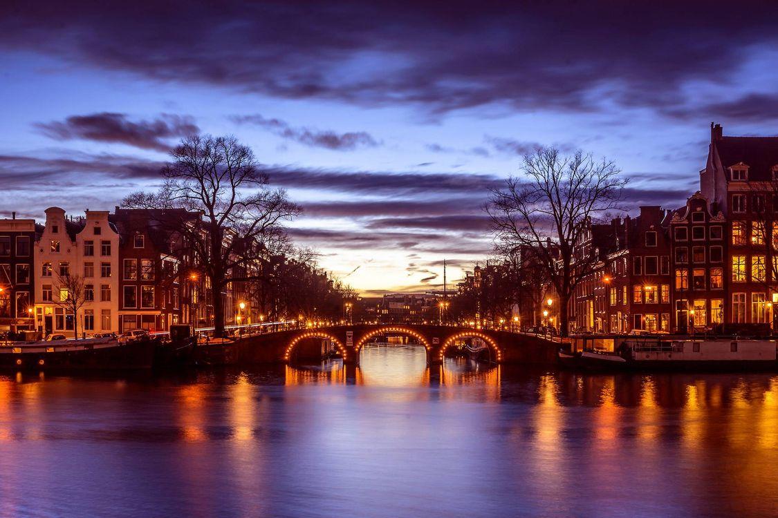 Фото бесплатно Amsterdam, Амстердам, столица и крупнейший город Нидерландов, Нидерланды, Расположен в провинции Северная Голландия, Голландия, панорама, город