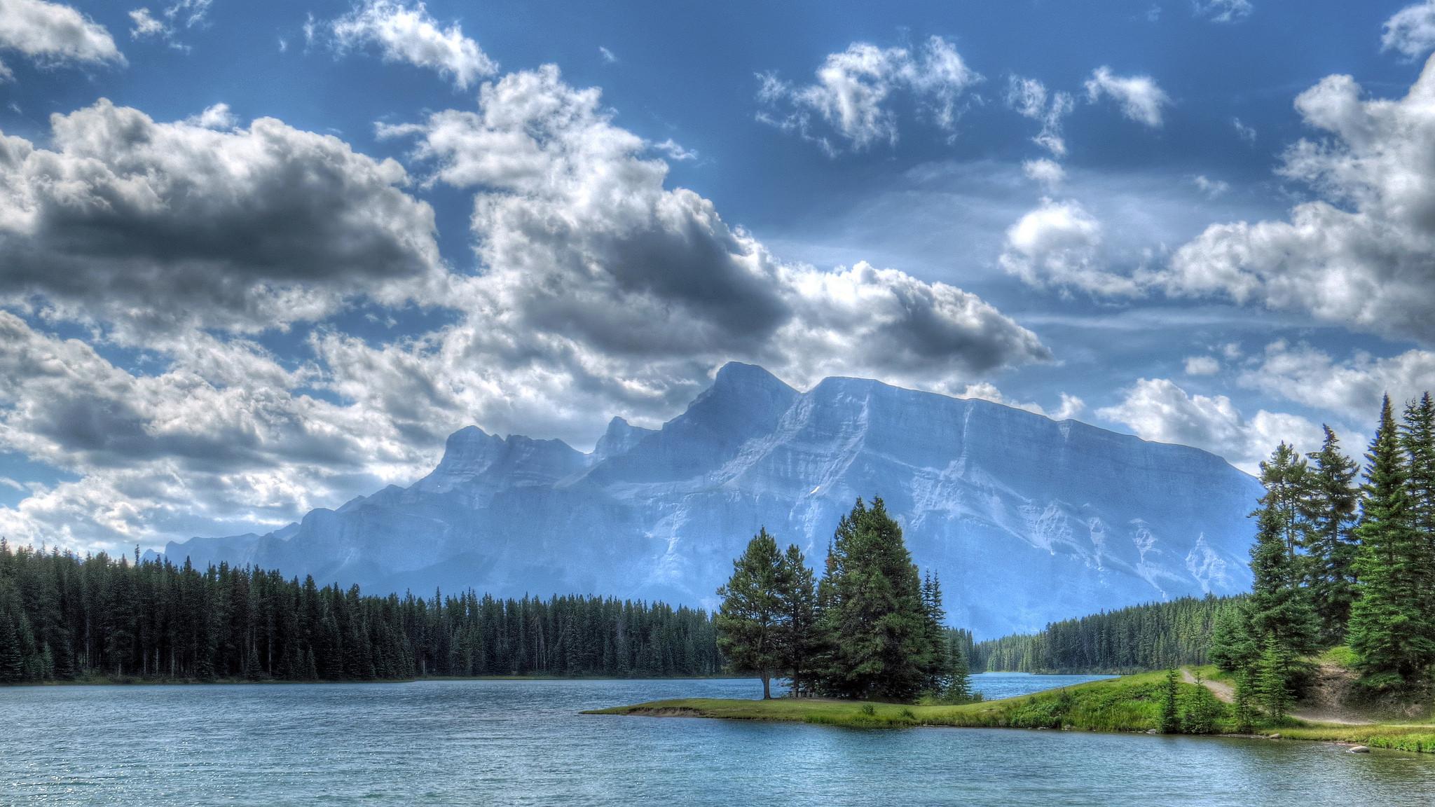 обои Banff National Park, Two Jack Lake, озеро, горы картинки фото