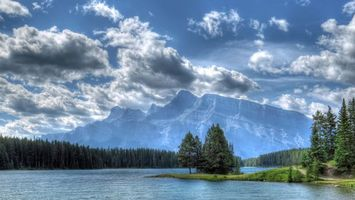 Фото бесплатно Banff National Park, Two Jack Lake, озеро