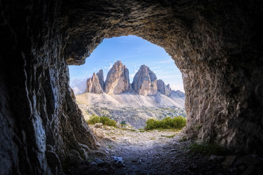 Photo free mountains, cave, arch