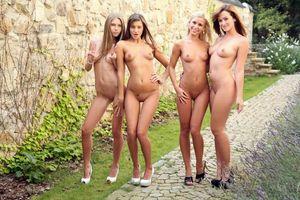 Заставки Abby, Maria, Lola, Tess, девушки, модели, эротика
