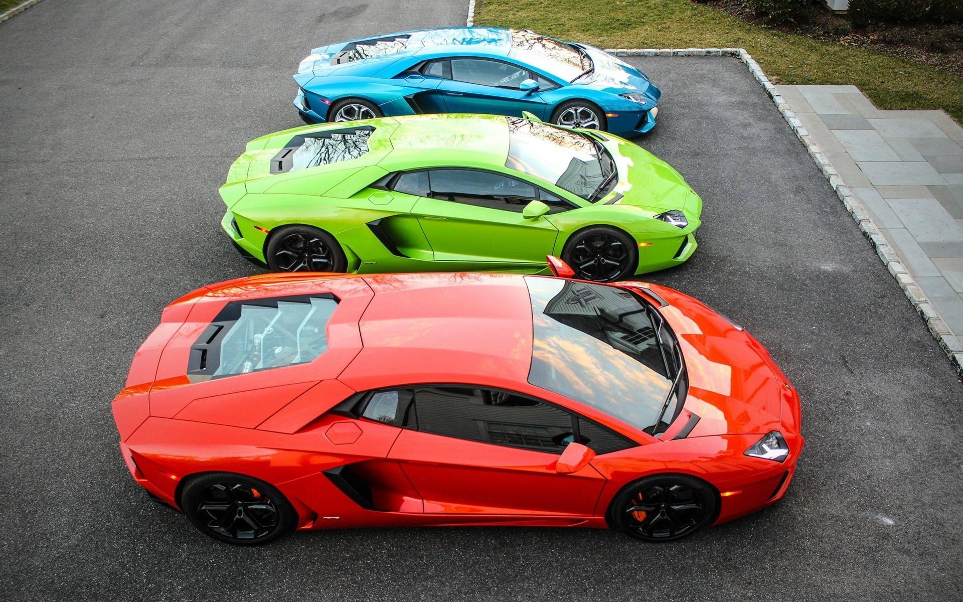 Lamborghini, парковка, 3 автомобиля