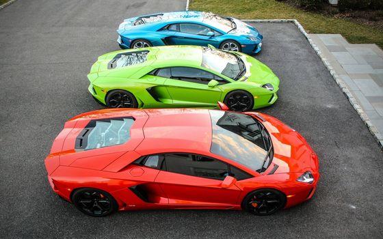 Фото бесплатно Lamborghini, парковка, 3 автомобиля