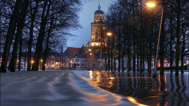 Photo free evening, city, flood