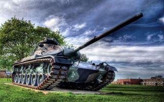 Фото бесплатно постамент, танк, башня