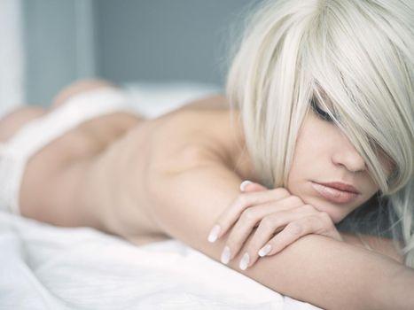 Фото бесплатно Блондинка, девушка, грация