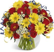 Photo free Chrysanthemums and roses in one bouquet, chrysanthemums, roses