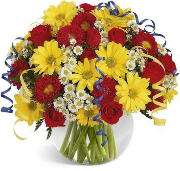 Бесплатные фото Хризантемы и розы в одном букете,хризантемы,розы,букет,флора