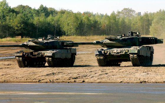 Фото бесплатно танки, башни, пушки, броня, гусеницы