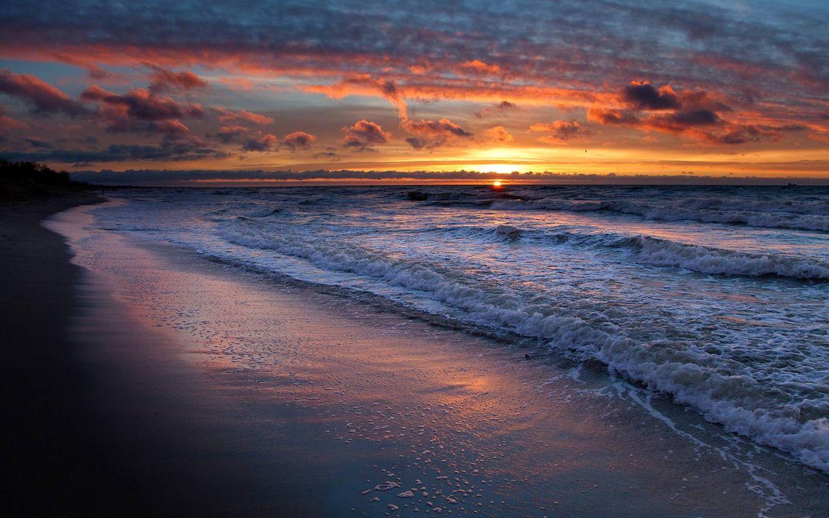 Обои берег моря, волны, закат, песок, вечер на телефон | картинки пейзажи