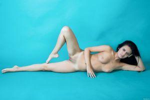 Бесплатные фото Carmen Summer,красотка,голая,голая девушка,обнаженная девушка,позы,поза