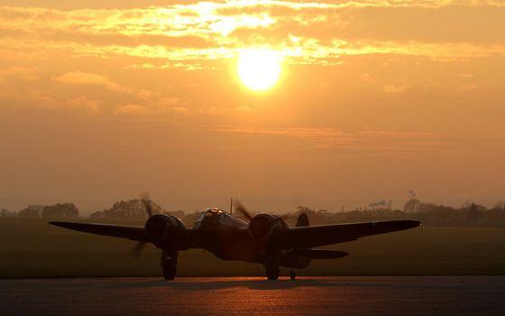 Фото бесплатно взлетная полоса, старый самолет, пропеллеры