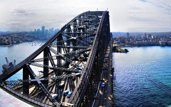 Бесплатные фото море,мост,конструкция,автомобили,движение,яхты,берег,дома,здания,высотки
